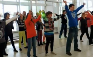 Adelaide Airport Flashmob Dance